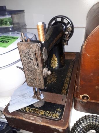 Швейная машинка Б-1